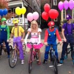 ハロウィンの仮装のテーマはグループで共有して仮装するのがとっても面白い!